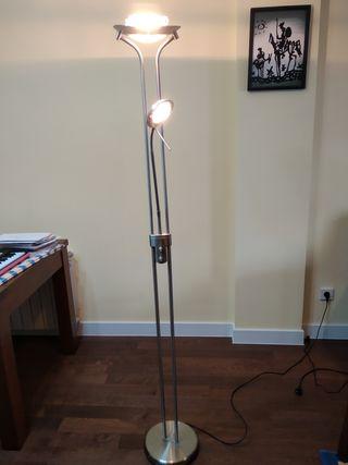 Lámpara de pie halógena
