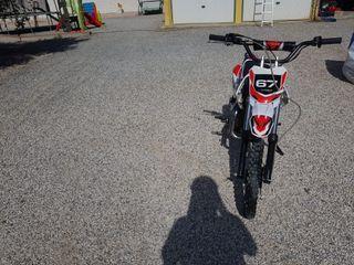 Se vende MINI moto 125cc seminueva
