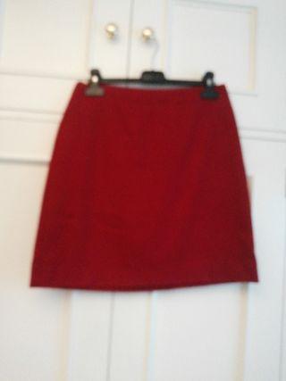Minifalda MANGO roja falda talla 36 corta