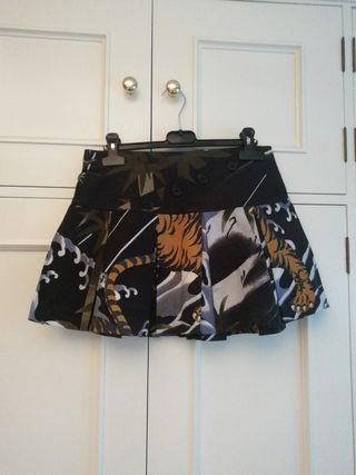 Minifalda falda talla S tablas estpampada