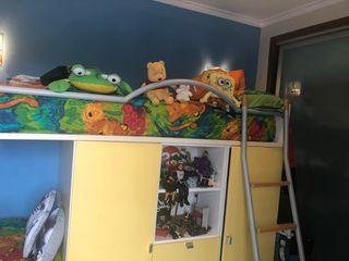 Habitación infantil modelo tren