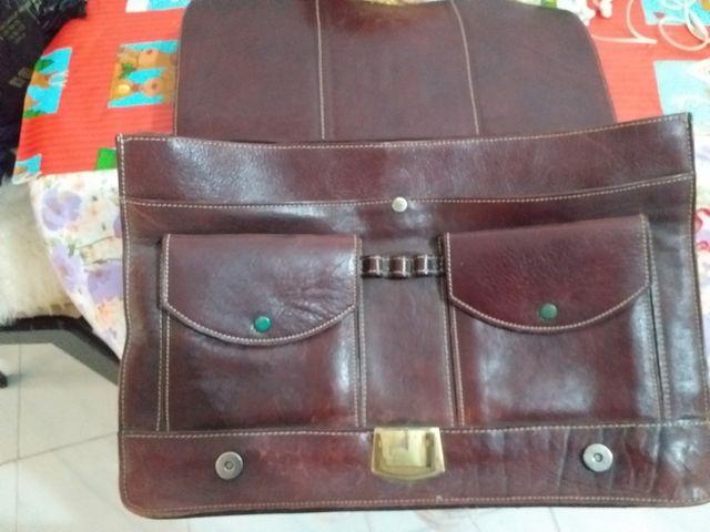 maletin en piel vintage