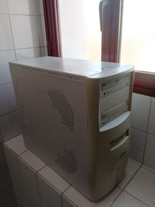 Torre PC Ordenador