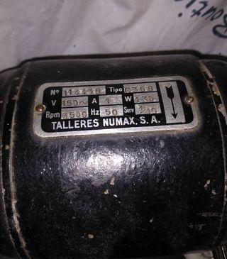 """Motor antiguo """"Numax"""""""
