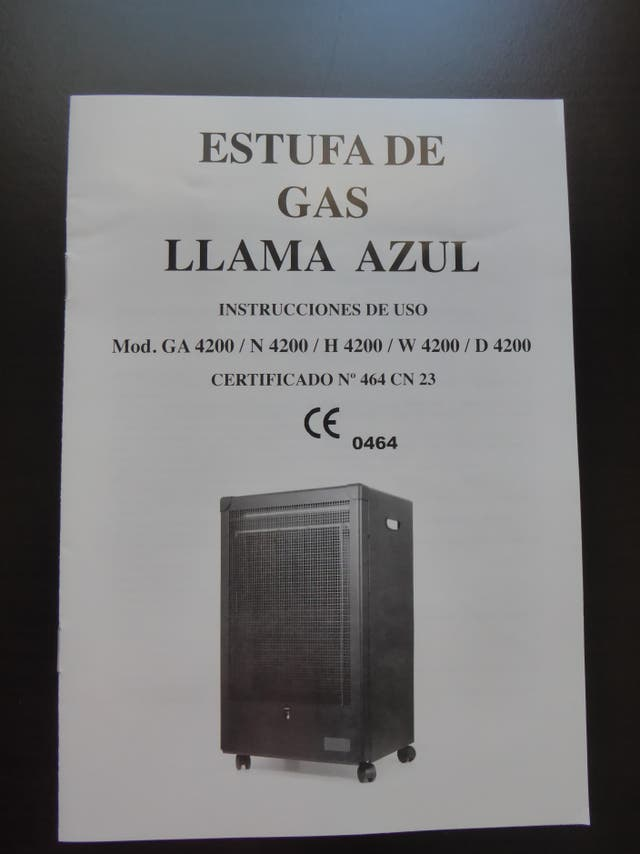 ESTUFA DE GAS LLAMA AZUL color negro