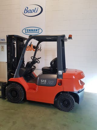 carretilla diesel 2500kg