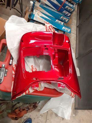 Aprilia Scarabeo 125cc Escudo Interno