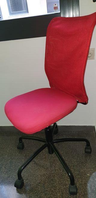 Vendo silla de oficina/escritorio regulable