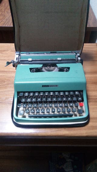 maquina de escribir olivetti letreros 32