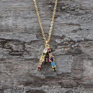 Collar Letra A Piedras Preciosas y Goldfield