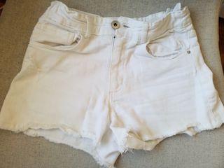 Pantalón vaquero corto blanco niña