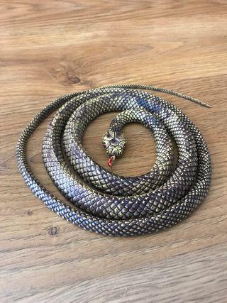 Serpiente de goma