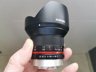 Samyang 12mm f2.0 NCS para montura fuji x