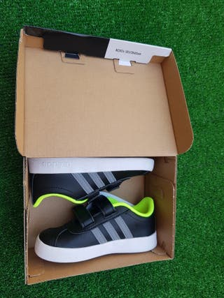 Zapatillas niño Adidas nuevas talla 25