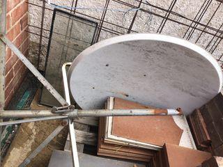 Antena parabolica grande
