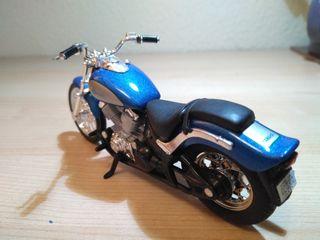 Maisto - Yamaha 650 XVS Drag Star