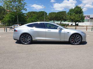 Tesla Model S85 12/2014 Full equipe. autopilot, suspensión, dual charge, llanta 21' MCU recién cambiada, garantía hasta 12/22