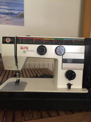 Maquina de coser Electronic