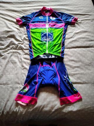 equipación ciclismo Alé