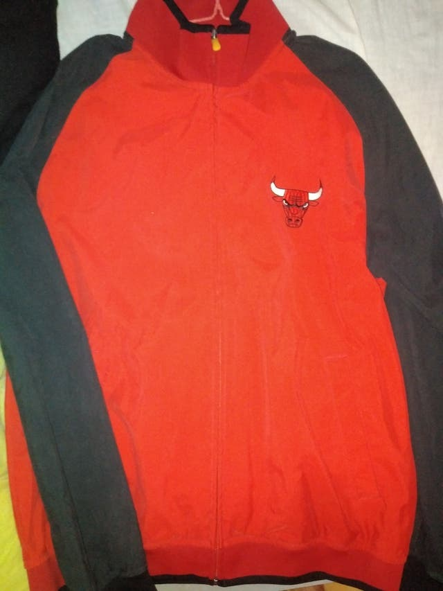 Chaqueta Chicago Bulls (ADIDAS)