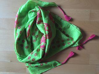 Pañuelo cuello verde pistacho