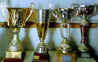 4 trofeos