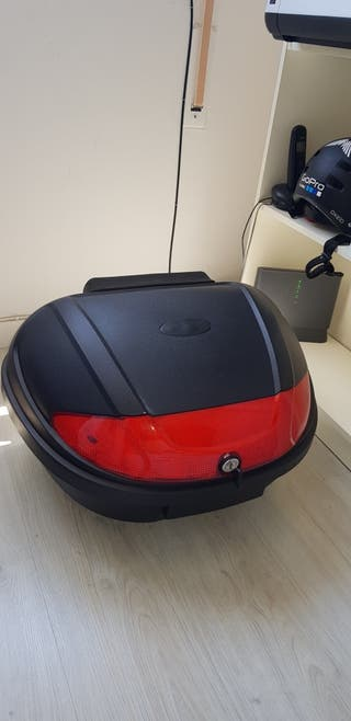 Baúl moto Top Case (56 Litros)