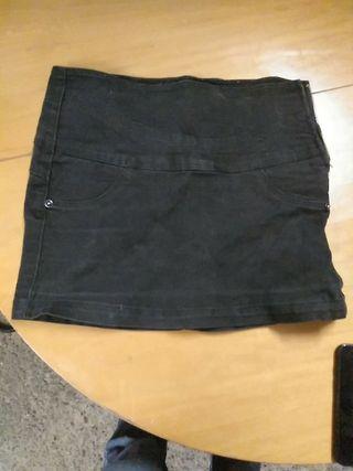 minifalda elástica Bershka