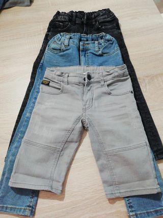 Pack 3 pantalones tejanos niño talla 4-5 años