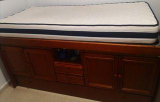 mueble juvenil con dos camas y doble armario