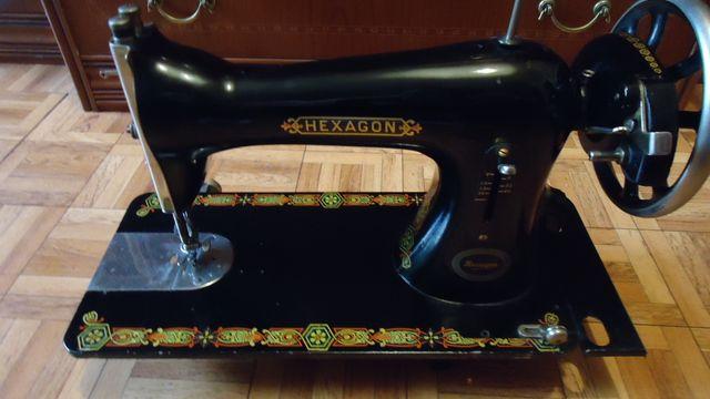 Máquina de coser Singer Hexagon de segunda mano por 120