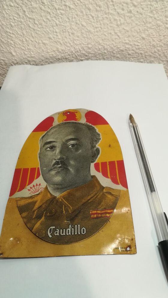 metopa retrato de Franco