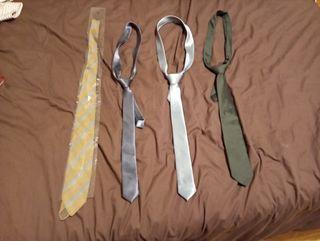 Corbatas estrechas de traje