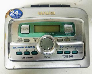 Lote cassette walkman y cintas de música