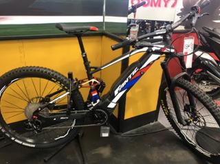 Bici eléctrica MTB Fantic XF1 Integra 160 RACE