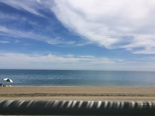 Alquiler vacación. AlgarroboCosta. Playa. Piscina.