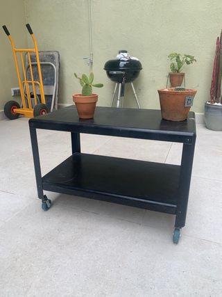 Mesa auxiliar metalica