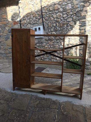Mueble / Estantería de madera