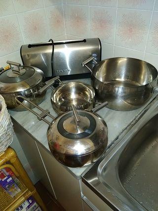 juego de ollas acero inoxidable+ tostadora taurus