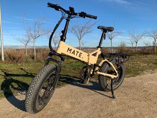 Bicicleta eléctrica MATE X 250 plegable
