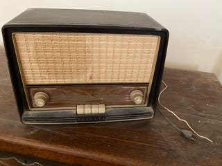 Rádio antigua.