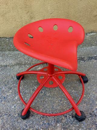 Set 2 Taburetes Ikea vintage Traktor