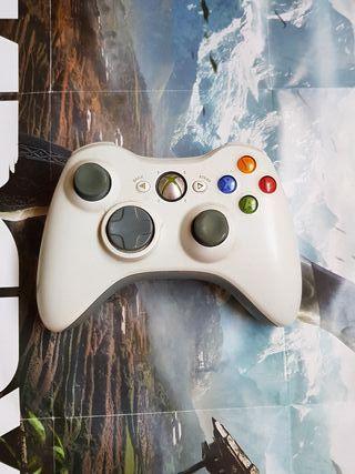 Mando Xbox 360 color blanco