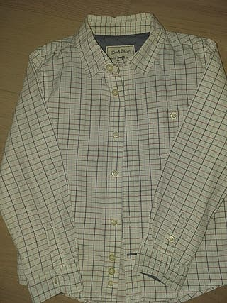 Camisa DMB, talla 5-6.