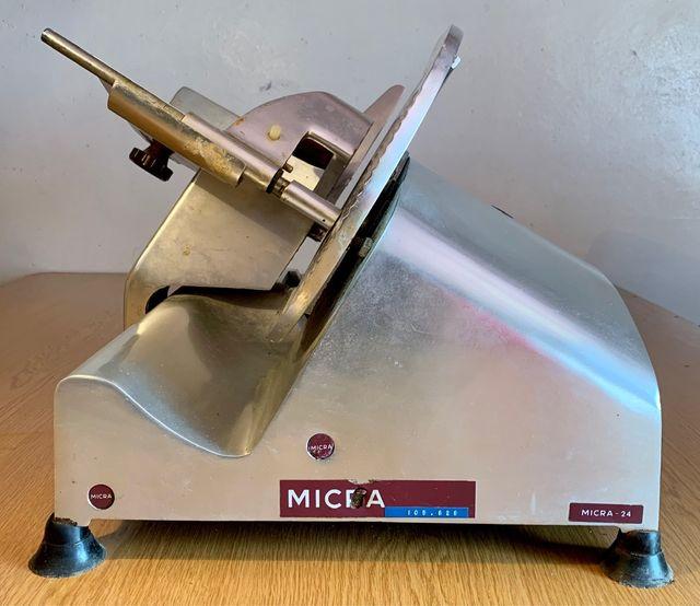 Cortadora fiambre MICRA - 24 profesional