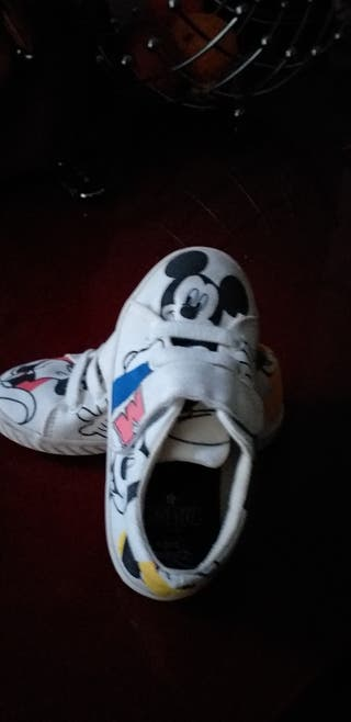 zapatillas Zara babykids mickey mouse