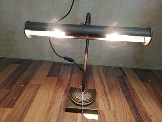 Lámpara de escritorio clásica NUEVA