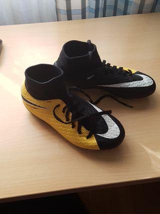 Botas de fútbol, talla 36,5
