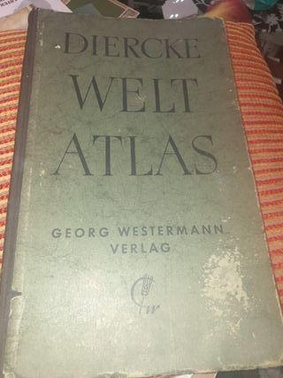 antiguo libro del atlas del mundo