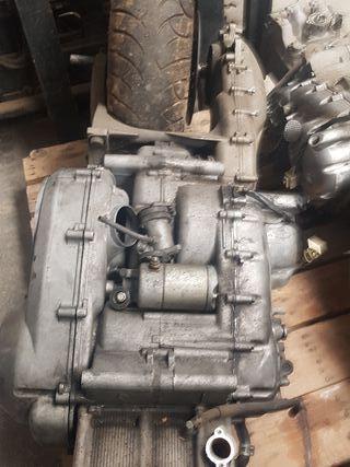 motor yamaha tmax